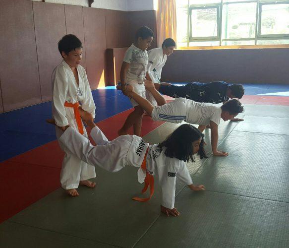 N'oubliez pas ce soir ... Il y a cours de Taekwondo !